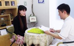 施術の流れ1:カルテ記入・問診
